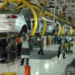 Desbanca México a Canadá en venta de autos a EU